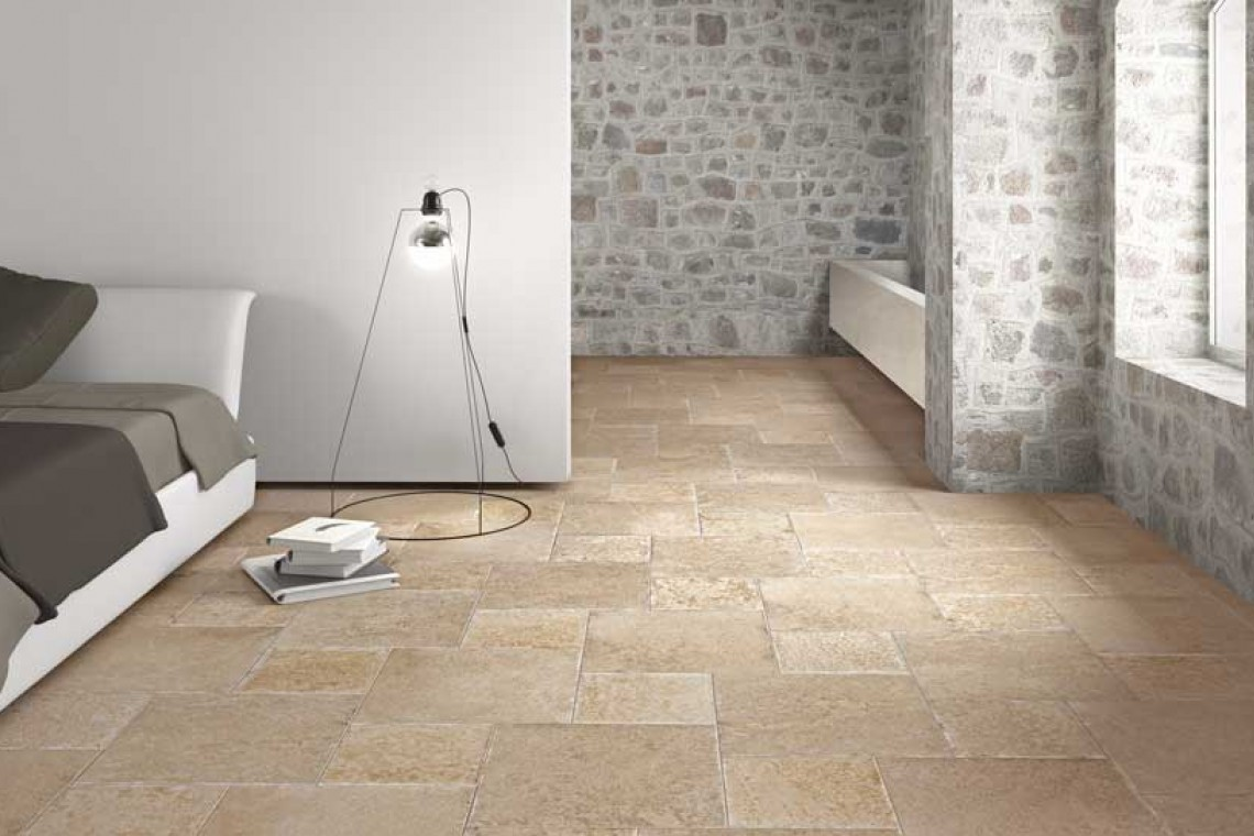 Carrelage pierre naturelle interieur accueil design et for Carrelage design